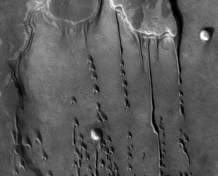 Dunes on Mars photographed by the HiRISE camera onboard NASA's Mars Reconnaissance Orbiter