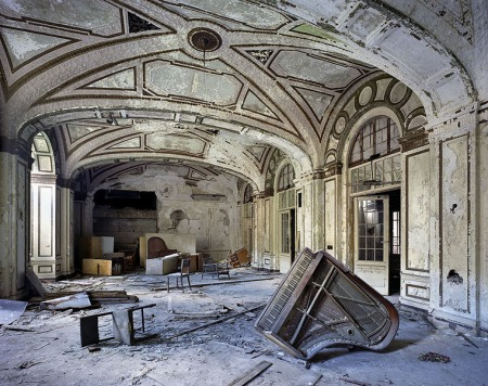 Merchand Meffre Photography - The Ruins of Detroit
